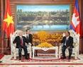 Cũng trong chiều 20/7/2017, tại Trụ sở Quốc hội ở Thủ đô Phnom Penh, Tổng Bí thư Nguyễn Phú Trọng hội kiến với Chủ tịch Quốc hội Campuchia Samdech Heng Samrin. Ảnh: Trí Dũng / TTXVN