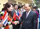 Chiều 18/8/2017, tại Thủ đô BangKok, Thủ tướng Nguyễn Xuân Phúc đến thăm và nói chuyện với bà con kiều bào và cán bộ, nhân viên Đại sứ quán Việt Nam tại Thái Lan. Ảnh: Thống Nhất/TTXVN