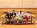 The enhancement of relations between the Vietnamese and Myanmar legislatures is one of the important pillars in political ties between the two nations, said Party General Secretary Nguyen Phu Trong. During a meeting with Speaker of the Myanmar Parliament Mahn Win Khaing Thann in Naypyidaw on August 24, the Party chief hailed the effective and practical cooperation between the Vietnamese and Myanmar parliaments, especially the maintenance of delegation exchanges and exchange activities of friendship parliamentarians groups. Photo: Tri Dung / VNA
