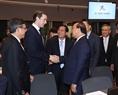 Thủ tướng Nguyễn Xuân Phúc và Thủ tướng Áo Sebastian Kurz tại Phiên họp toàn thể thứ nhất Hội nghị Cấp cao ASEM 12. Ảnh: Thống Nhất/TTXVN