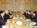 The Vietnamese Party chief holds talks with the French President at the Élysée Palace. Photo: Tri Dung  / VNA