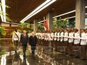 First Secretary of the Central Committee of the Communist Party and President of Cuba Raul Castro Ruz and Party General Secretary Nguyen Phu Trong review the honour guard. Photo: Tri Dung/VNA