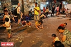 Part of the pedestrian area on Dao Duy Tu Street is the playground for children.