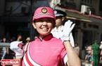 Une policière japonaise de la Troupe de musique de la Police de Tokyo.