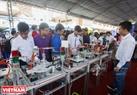 Dây chuyền chiết rót nước tương của Trường Đại học Công nghệ Thực phẩm.