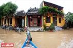 洪水シーズンにおけるホイ・アン旧市街の模様。