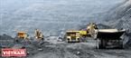 Một góc công trường khai thác than lộ thiên ở mỏ cọc 6, âm 160 m. Ảnh: Hoàng Hà