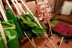 Ngoài xôi tím mâm cỗ cúng còn có gạo, canh, chẩm ớt, thịt nướng, gà, rượu.