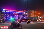 A countdown clock is put at the eastern side of the Han River Bridge. Photo: Thanh Hoa/VNP