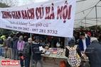 Hội chợ sách cũ Hà Nội diễn ra tại sân Hồ Văn, Văn Miếu – Quốc Tử Giám từ ngày 24-26/2/2017. Ảnh: Việt Cường