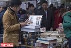Rất nhiều loại sách hay được bày bán tại hội chợ sách. Ảnh: Việt Cường