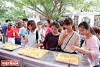Những món tráng miệng mang của Hàn Quốc được nhiều bạn trẻ thích thú.