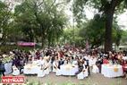 """Chương trình """"Ngày hạnh phúc"""" được tổ chức trang trọng tại công viên Bách Thảo (Hà Nội). Ảnh: Trần Thanh Giang."""