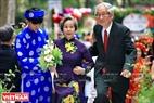 Ông Huỳnh Ngọc Chung và bà Ngô Thị Hiếu quen nhau khi cùng học đại học tại Trung Quốc. Năm 1954, ông bà trở về Việt Nam nhận công tác và hẹn ước kháng chiến thành công sẽ nên duyên vợ chồng. Hai ông bà có cuộc sống hạnh phúc đã 63 năm qua. Ảnh: Trần Hiếu.