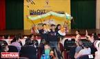 Đoàn múa rối Đài Loan giới thiệu con rối truyền thống của họ đến với các khán giả Việt Nam.
