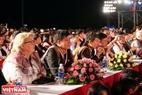 Lễ khai mạc Festival Cồng chiêng Tây Nguyên tại Gia Lai thu hút rất đông người dân trong nước và du khách nước ngoài. Ảnh: Công Đạt