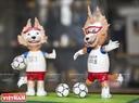Hai chú chó sói Zabikava (linh vật World Cup 2018) được làm từ vỏ trứng.