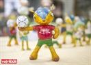Để tạo thêm sự đa dạng cho sản phẩm ông còn sáng tạo thêm nhiều kiểu dáng khác nhau cho linh vật Tatu (linh vật World cup 2014).