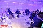 Không gian quán được chia làm nhiều khu vực: khu vực lễ tân, khu vực trung gian và khu vực phòng băng...