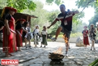 Guests will be welcomed by Atayal people with the ritual of jumping over a fire for driving bad luck away.