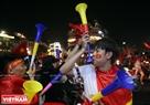 Fans celebrate in Sword Lake area. Photo: Tat Son