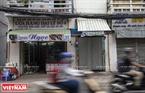 Khai trương vào năm 1975, cửa hàng giày của ông Trịnh Ngọc hiện là cửa hàng giày được chế tác bằng phương pháp thủ công lâu năm nhất của TP Hồ Chí Minh.