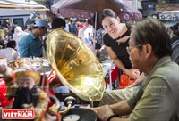 Mercado de antigüedades en Saigón