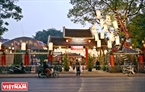 1月29日下午,2019年己亥春节书法节在河内文庙国子监文湖区域举行。