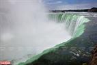 Thác Niagara hùng vĩ là một kỳ quan tự nhiên của thế giới.