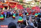 Những màn nhảy múa sôi động trên khắp các con phố của Quận 5, TP. Hồ Chí Minh.
