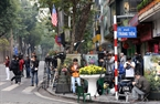 On Trang Tien street. Photo: Tat Son