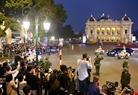 Chairman Kim's motorcade on Ly Thai To street. Photo: Tat Son