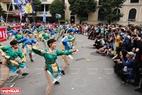 """Tiết mục """"Hồn nước"""" được các bạn trẻ Hà Nội lấy ý tưởng từ các màn múa rối nước truyền thống của Việt Nam để kết hợp với điệu nhảy Yosakoi Nhật Bản."""