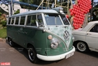 Chiếc xe Volkswagen Mini Bus T2 được giữ gần như nguyên bản trưng bày tại triển lãm.