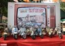 Những chiếc xe máy cổ vespa đời đầu mở đầu cho gian trưng bày xe mô tô.