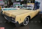Mẫu xe Lincoln Continental 1966 – Là đời thứ 4 của dòng xe siêu sang Lincoln, mẫu xe chuyên dùng cho các đời Tổng thống Mỹ cũng có mặt ở triển lãm.