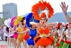 Fervorous dancers. Photo: Thanh Hoa