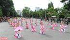 Nhiều điệu múa cổ đất Thăng Long cũng được góp mặt trong dịp này.