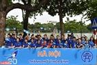 """Các bạn thanh niên đại diện cho sức trẻ của Thủ đô góp mặt và hào hứng hô vang khẩu hiệu """"Hà Nội thành phố vì hòa bình""""."""