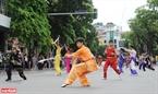 Các bài Wushu khỏe khoắn của các vận động viên Wushu trẻ của Hà Nội.