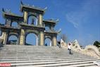 Từ tháng 3 cho đến tháng 9 hằng năm là thời điểm thích hợp nhất dành cho bạn để khám phá Chùa Linh Ứng Đà Nẵng.