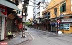 Quang cảnh đường phố Hà Nội vào ngày này vắng hơn những ngày Tết. Ảnh: Công Đạt