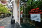 Một thông báo đóng cửa tại một cửa hàng ăn uống tại khu Phố Trúc. Ảnh: Việt Cường