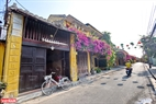 Peaceful ancient streets. Photo: Thanh Hoa