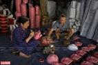 Mặt nạ giấy bồi của làng Hảo đều được làm thủ công với nguyên liệu có nguồn gốc từ thiên nhiên.