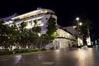 Khách sạn Rex tọa lạc ngay trên đại lộ Nguyễn Huệ trung tâm quận 1, TP.HCM thực hiện chỉ thị 16 của Thủ tướng Chính Phủ.