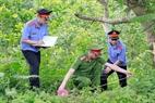 Các kiểm sát viên VKSND Tp Móng Cái, Quảng Ninh, trong hoạt động kiểm sát việc khám nghiệm hiện trường.