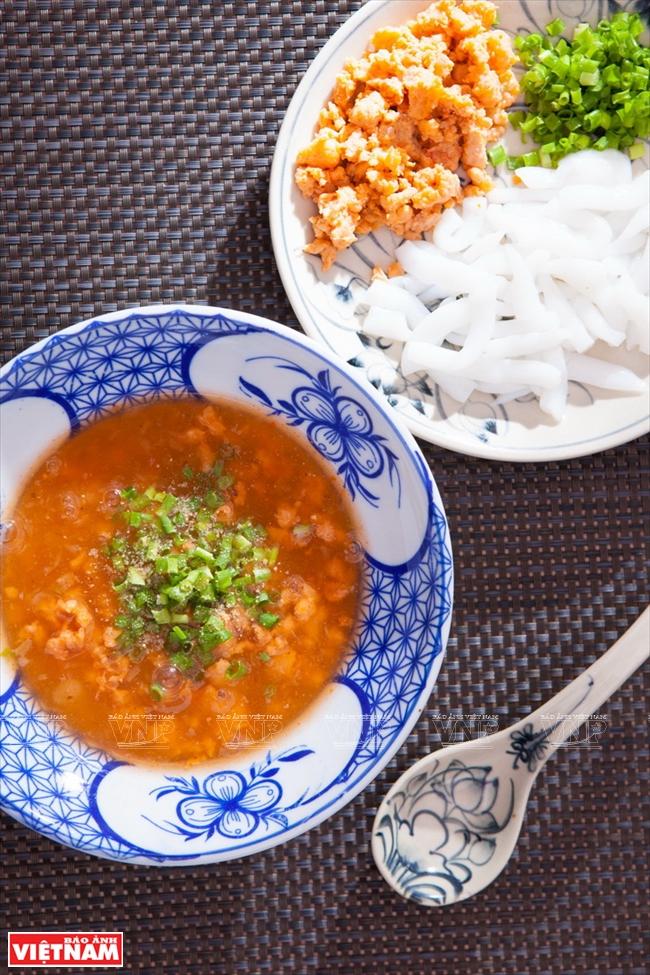 Nam Pho Spicy Noodle Soup - Vietnam Pictorial
