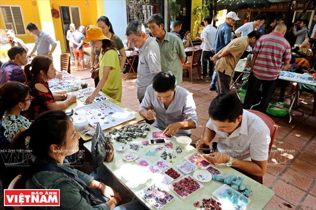 Unique Gemstone Market in Hanoi