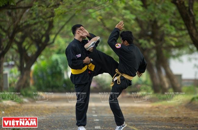 Cau quyen, a dangerous form of martial arts - Vietnam Pictorial